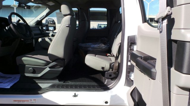 2019 F-550 Super Cab DRW 4x2,  Cab Chassis #F90077 - photo 24