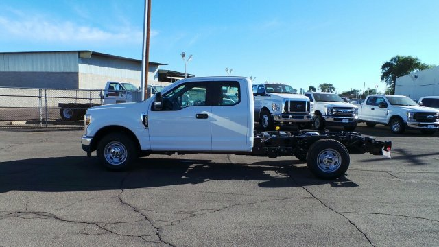 2019 F-250 Super Cab 4x2,  Cab Chassis #F90131 - photo 4