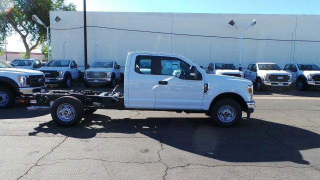2019 F-250 Super Cab 4x2,  Cab Chassis #F90135 - photo 3