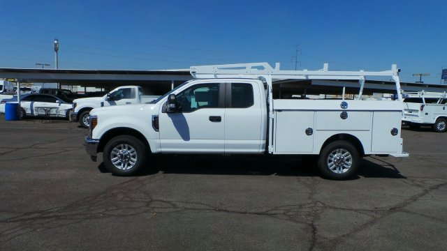 2019 F-250 Super Cab 4x2,  Cab Chassis #F90147 - photo 4