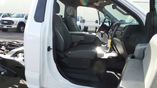 2019 F-250 Regular Cab 4x2,  Cab Chassis #F90238 - photo 23