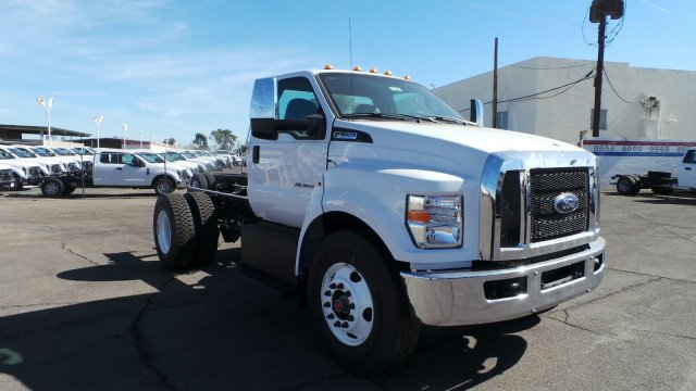 2018 F-750 Regular Cab DRW 4x2,  Cab Chassis #HT0040 - photo 1