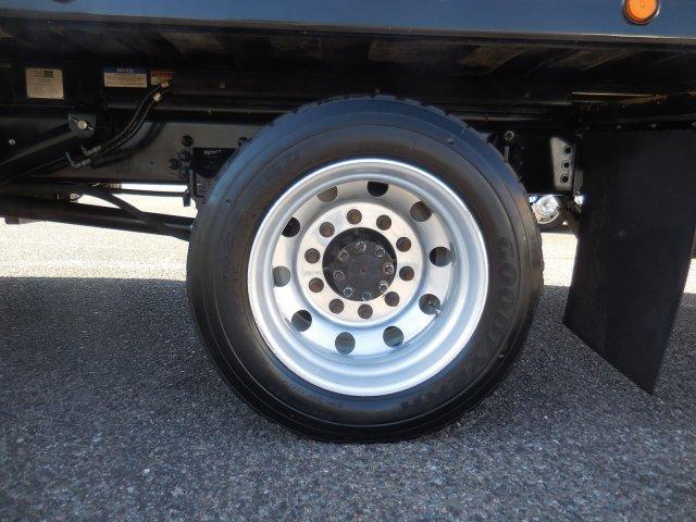 2017 F-650 Super Cab DRW 4x2,  Jerr-Dan Rollback Body #HT0223A - photo 32