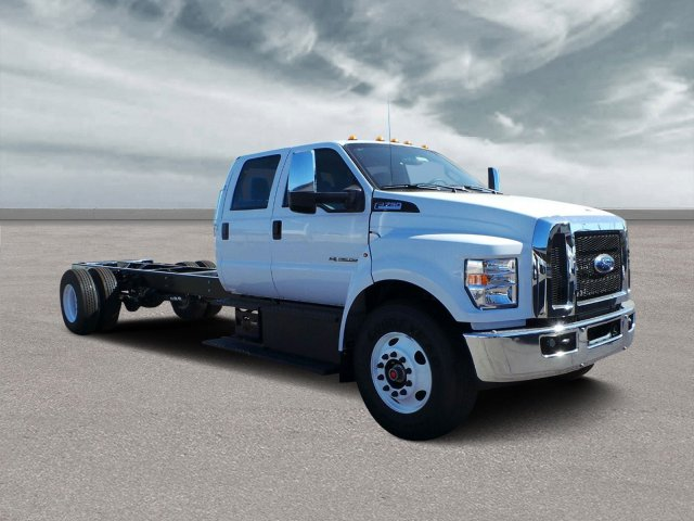 2019 F-750 Crew Cab DRW 4x2,  Cab Chassis #HT0238 - photo 1