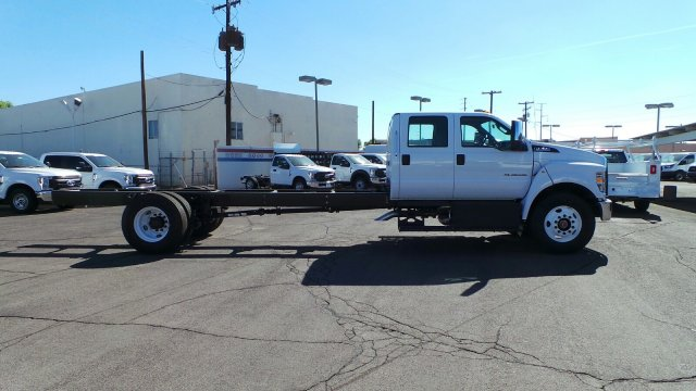2019 F-750 Crew Cab DRW 4x2,  Cab Chassis #HT0238 - photo 3