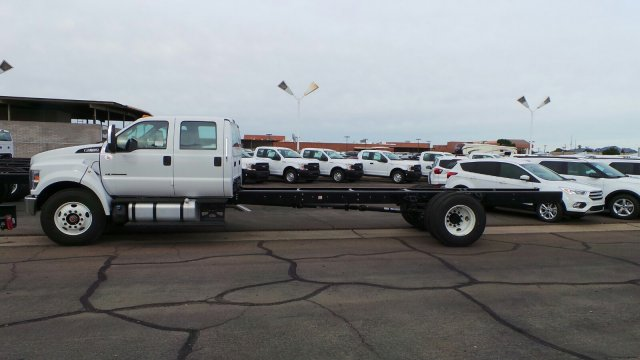 2019 F-650 Crew Cab DRW 4x2,  Cab Chassis #HT0268 - photo 4