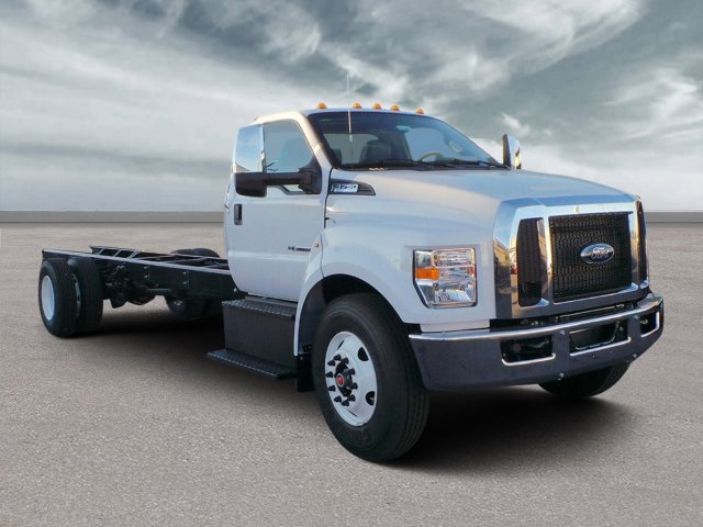 2019 F-750 Regular Cab DRW 4x2,  Cab Chassis #HT0305 - photo 1