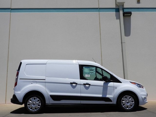 2018 Transit Connect 4x2,  Empty Cargo Van #J1378564 - photo 4