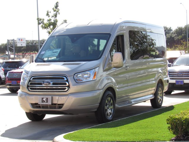 2019 Transit 250 Medium Roof 4x2,  Passenger Wagon #KKA17015 - photo 4