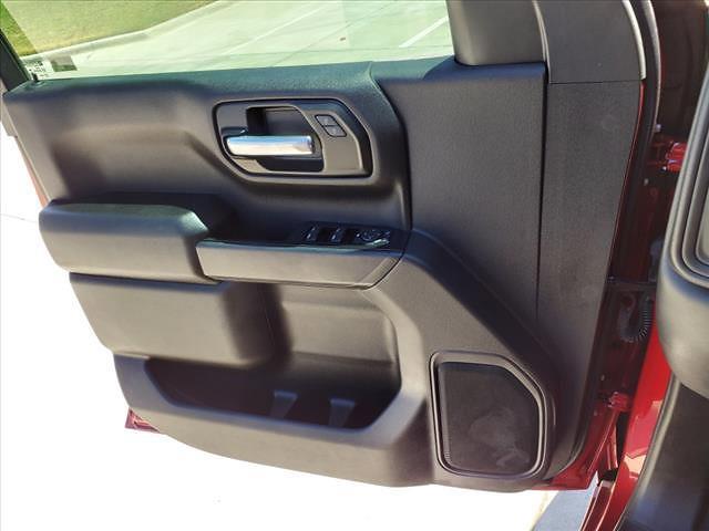 2021 Chevrolet Silverado 1500 Crew Cab 4x2, Pickup #MG361324 - photo 17