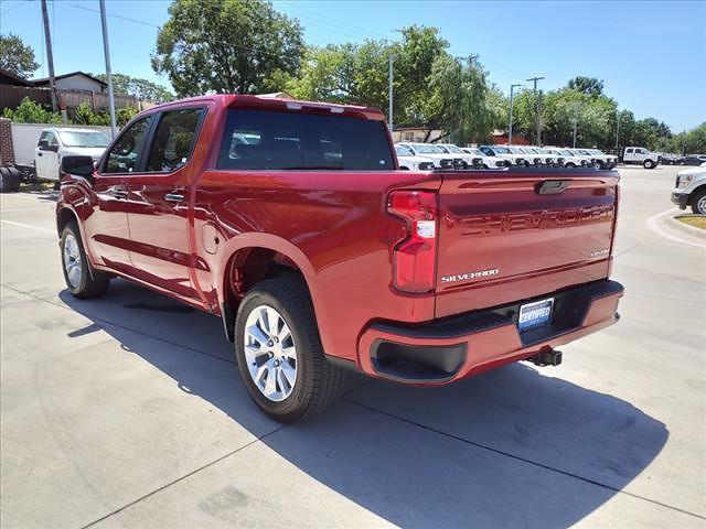 2021 Chevrolet Silverado 1500 Crew Cab 4x2, Pickup #MG361324 - photo 2
