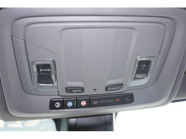 2021 Chevrolet Silverado 1500 Crew Cab 4x2, Pickup #MG368717 - photo 18