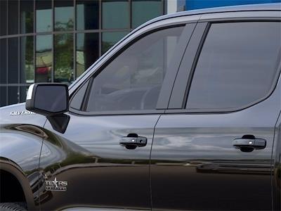 2021 Chevrolet Silverado 1500 Crew Cab 4x2, Pickup #MZ201003 - photo 10