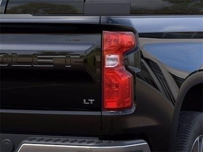 2021 Chevrolet Silverado 1500 Crew Cab 4x2, Pickup #MZ201003 - photo 9