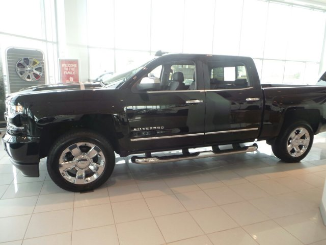 2017 Silverado 1500 Crew Cab 4x4 Pickup #C15469 - photo 8