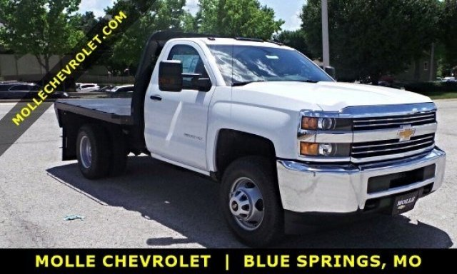 2017 Silverado 3500 Regular Cab DRW 4x4, Knapheide PGNB Gooseneck Platform Body #C15632 - photo 1