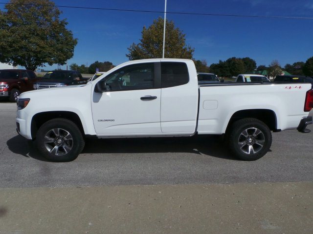 2018 Colorado Extended Cab 4x4, Pickup #C15798 - photo 18
