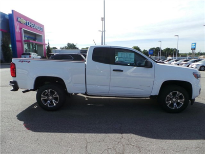 2018 Colorado Extended Cab 4x4, Pickup #C15798 - photo 17