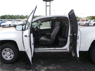 2018 Colorado Extended Cab 4x4, Pickup #C15798 - photo 6
