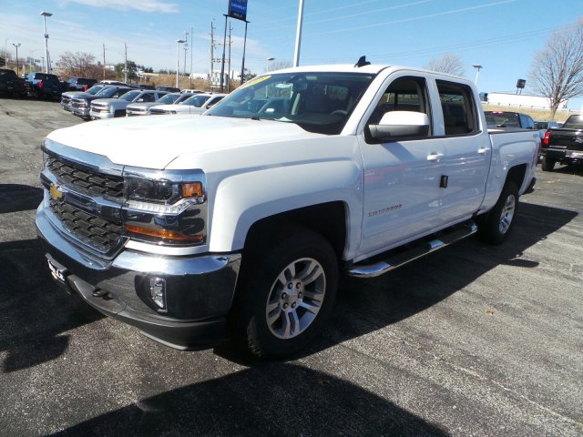 2018 Silverado 1500 Crew Cab 4x4, Pickup #C15908 - photo 3