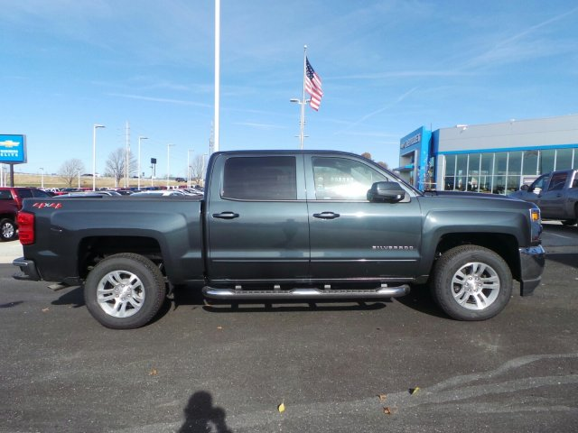 2018 Silverado 1500 Crew Cab 4x4, Pickup #C15927 - photo 5