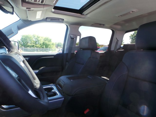 2018 Silverado 1500 Crew Cab 4x4, Pickup #C15939 - photo 11