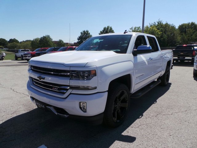 2018 Silverado 1500 Crew Cab 4x4, Pickup #C15939 - photo 8