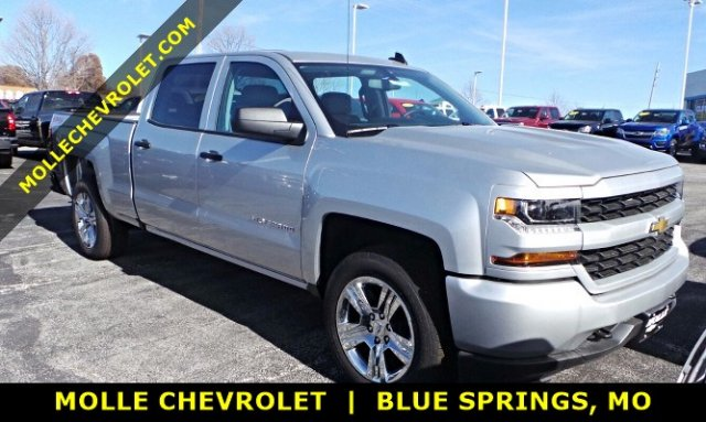 2018 Silverado 1500 Crew Cab 4x4 Pickup #C15982 - photo 1
