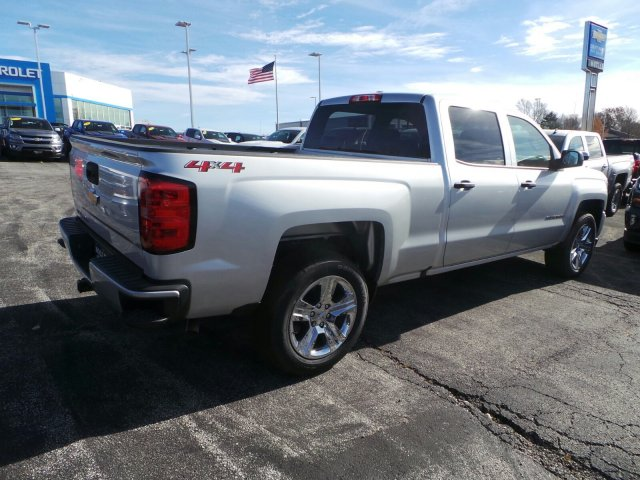2018 Silverado 1500 Crew Cab 4x4 Pickup #C15982 - photo 2