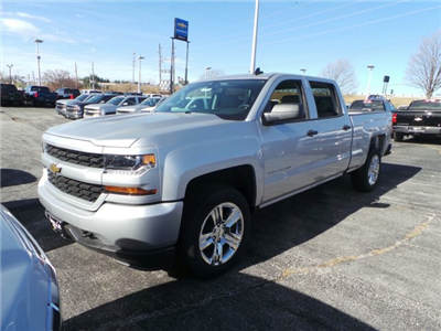 2018 Silverado 1500 Crew Cab 4x4 Pickup #C15982 - photo 3