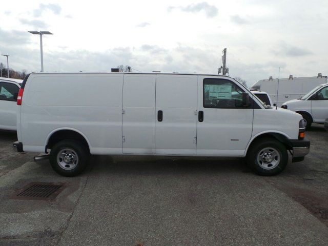 2017 Express 3500 Cargo Van #C16051 - photo 5