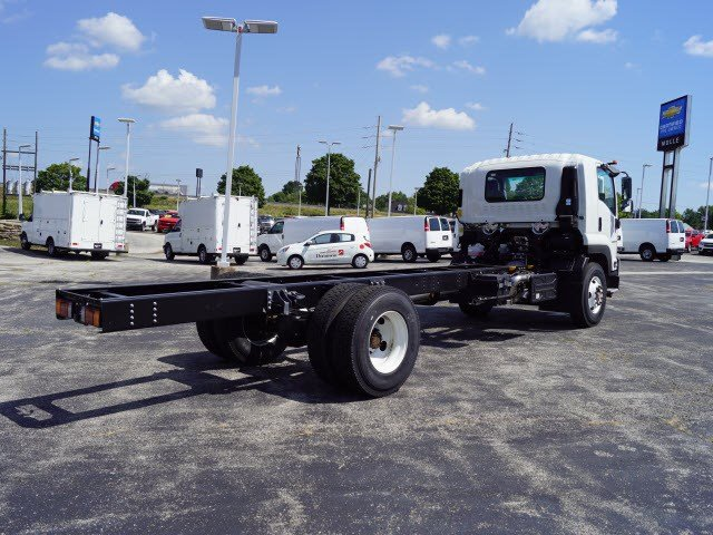 2018 LCF 6500XD Regular Cab 4x2,  Cab Chassis #C16221 - photo 2