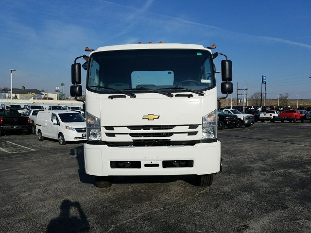 2018 LCF 6500XD Regular Cab, Cab Chassis #C16221 - photo 10