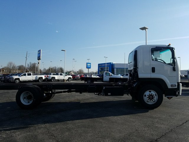 2018 LCF 6500XD Regular Cab, Cab Chassis #C16221 - photo 2