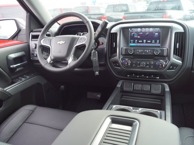 2018 Silverado 1500 Crew Cab 4x4,  Pickup #C17038 - photo 4