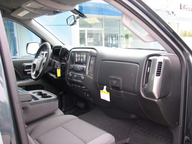 2018 Silverado 1500 Crew Cab 4x4,  Pickup #C17075 - photo 44