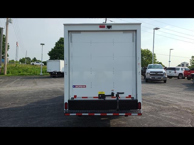 2021 Express 3500 4x2,  Morgan Truck Body Cutaway Van #C19438 - photo 4