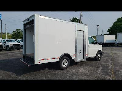 2021 Express 3500 4x2,  Morgan Truck Body Cutaway Van #C19438 - photo 9