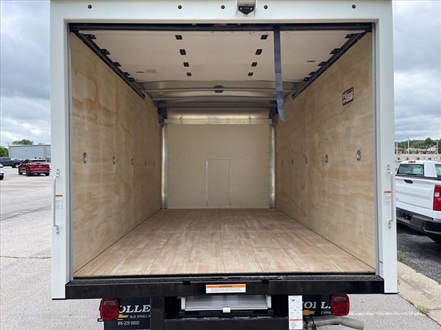 2021 Chevrolet Express 3500 4x2, Morgan Cutaway Van #C19440 - photo 4