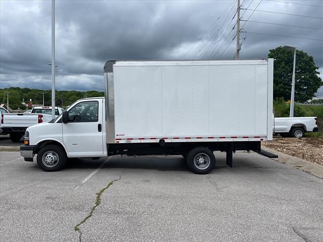 2021 Chevrolet Express 3500 4x2, Morgan Cutaway Van #C19440 - photo 5