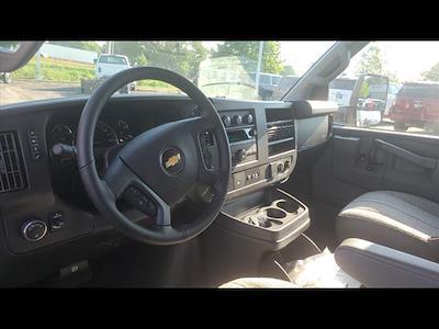 2021 Chevrolet Express 4500 DRW 4x2, Morgan Cutaway Van #C19472 - photo 11