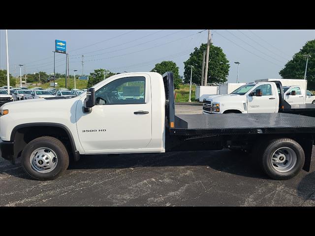 2021 Chevrolet Silverado 3500 Regular Cab 4x4, CM Truck Beds Platform Body #C19494 - photo 4