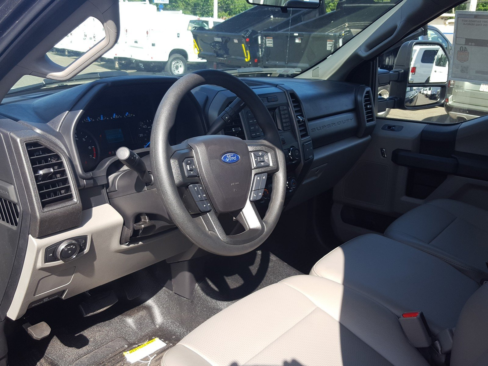 2017 F-350 Regular Cab 4x4 Pickup #Q7523 - photo 10