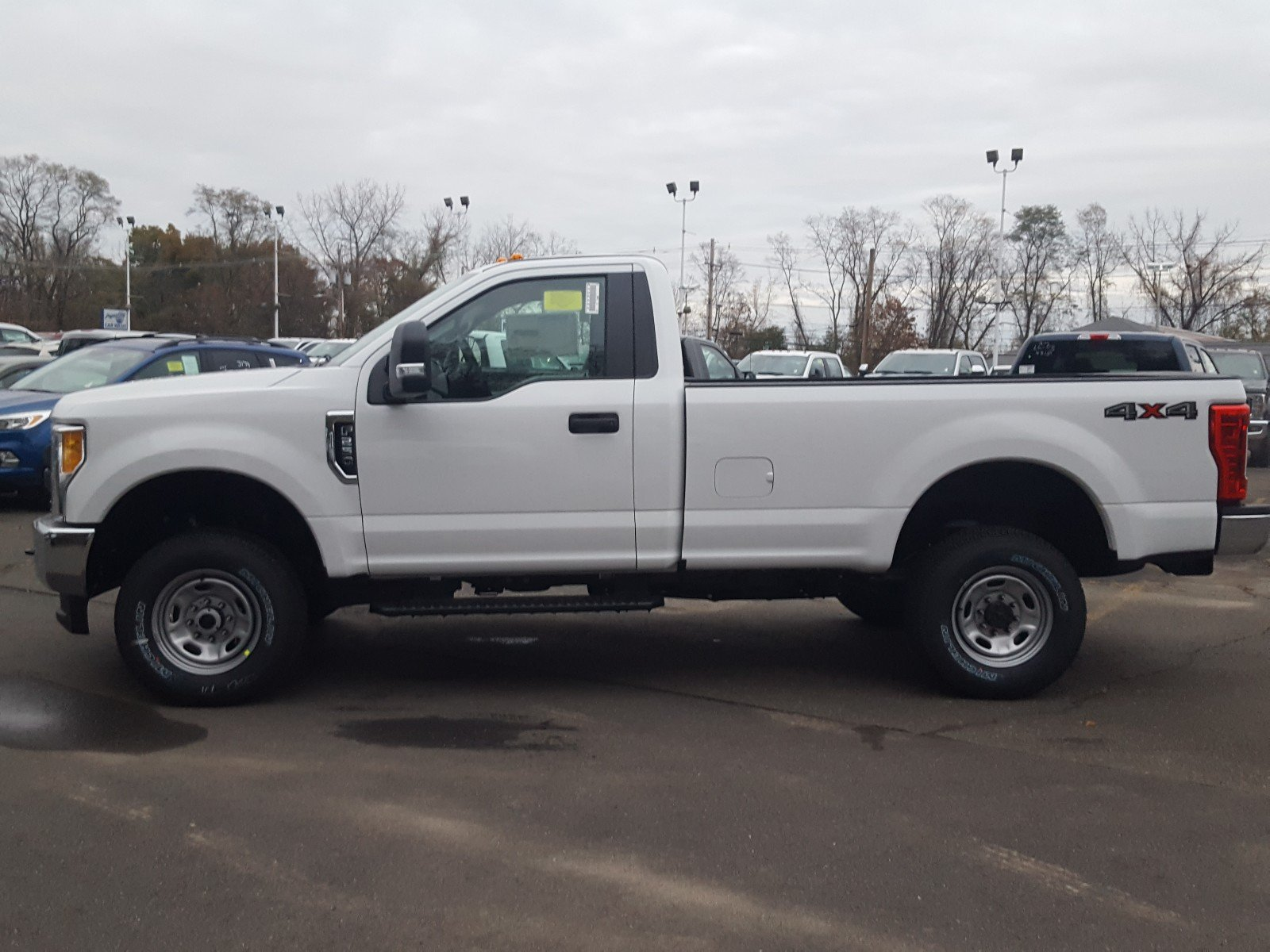 2017 F-250 Regular Cab 4x4, Pickup #QT069 - photo 3