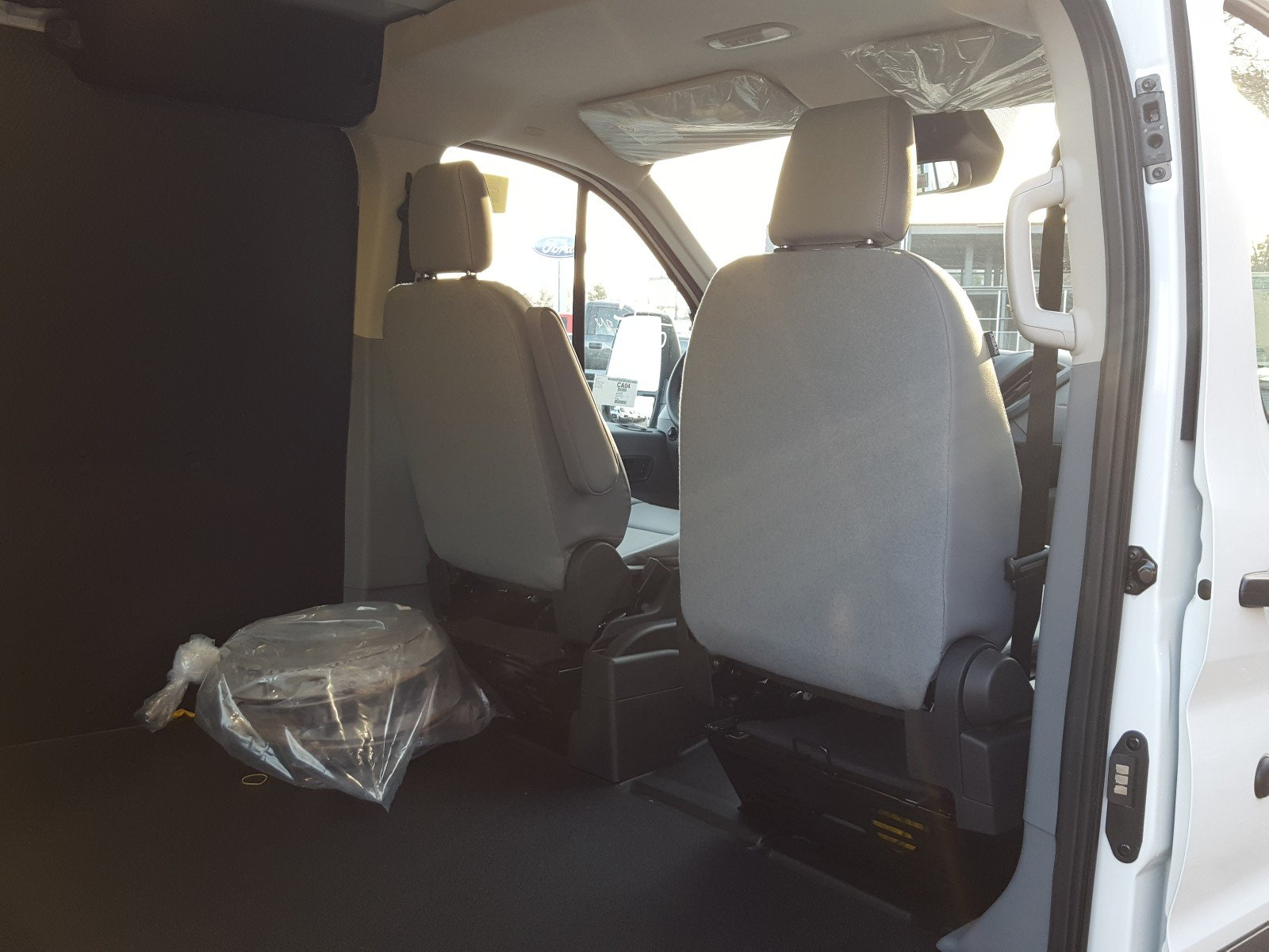2018 Transit 250, Cargo Van #R7121 - photo 15