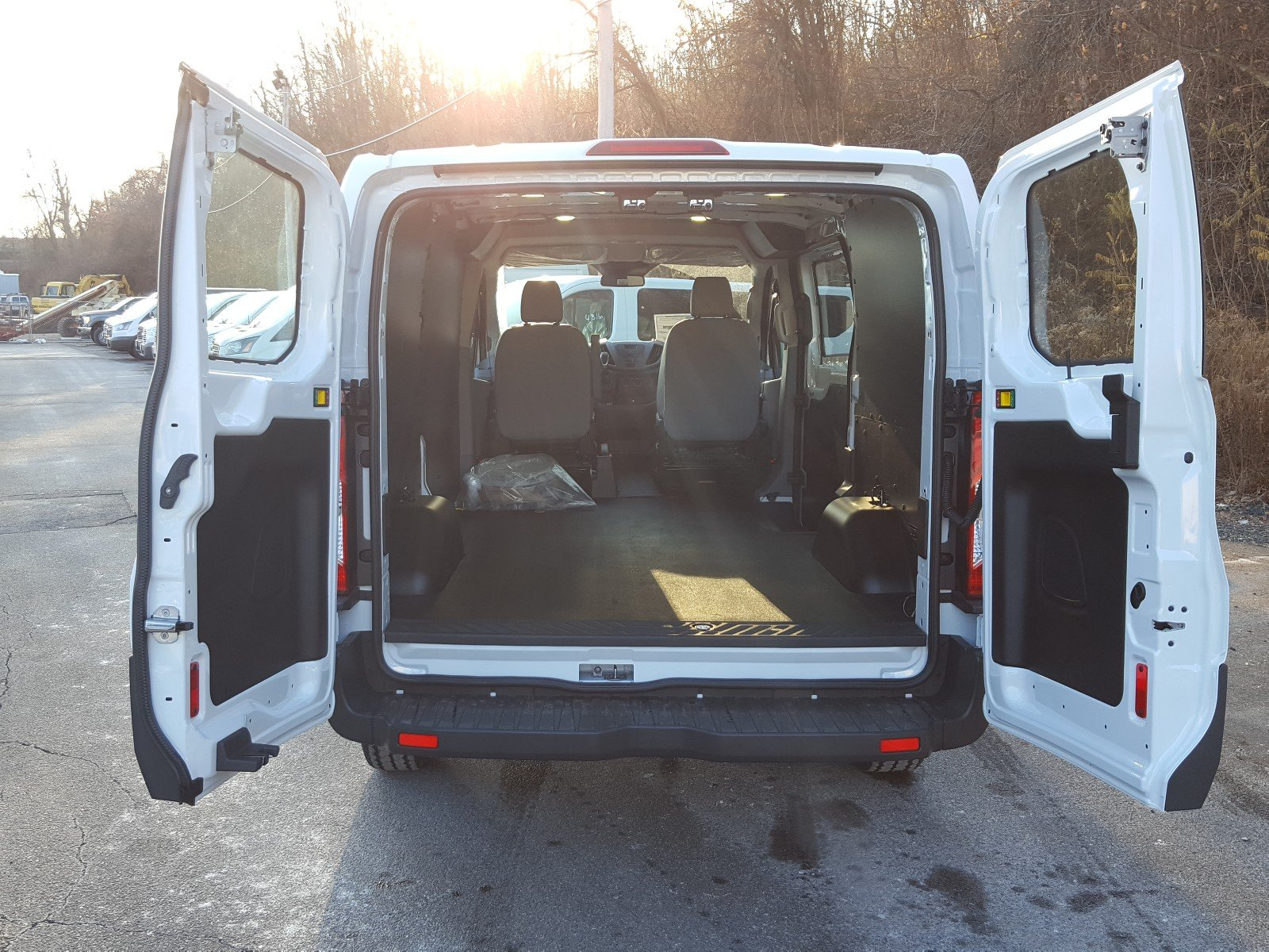 2018 Transit 250 Cargo Van #R7121 - photo 2