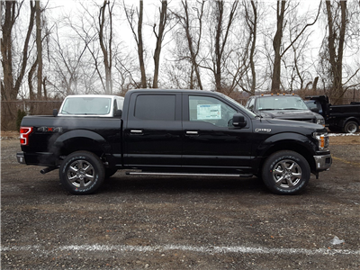 2018 F-150 Crew Cab 4x4 Pickup #R7182 - photo 3