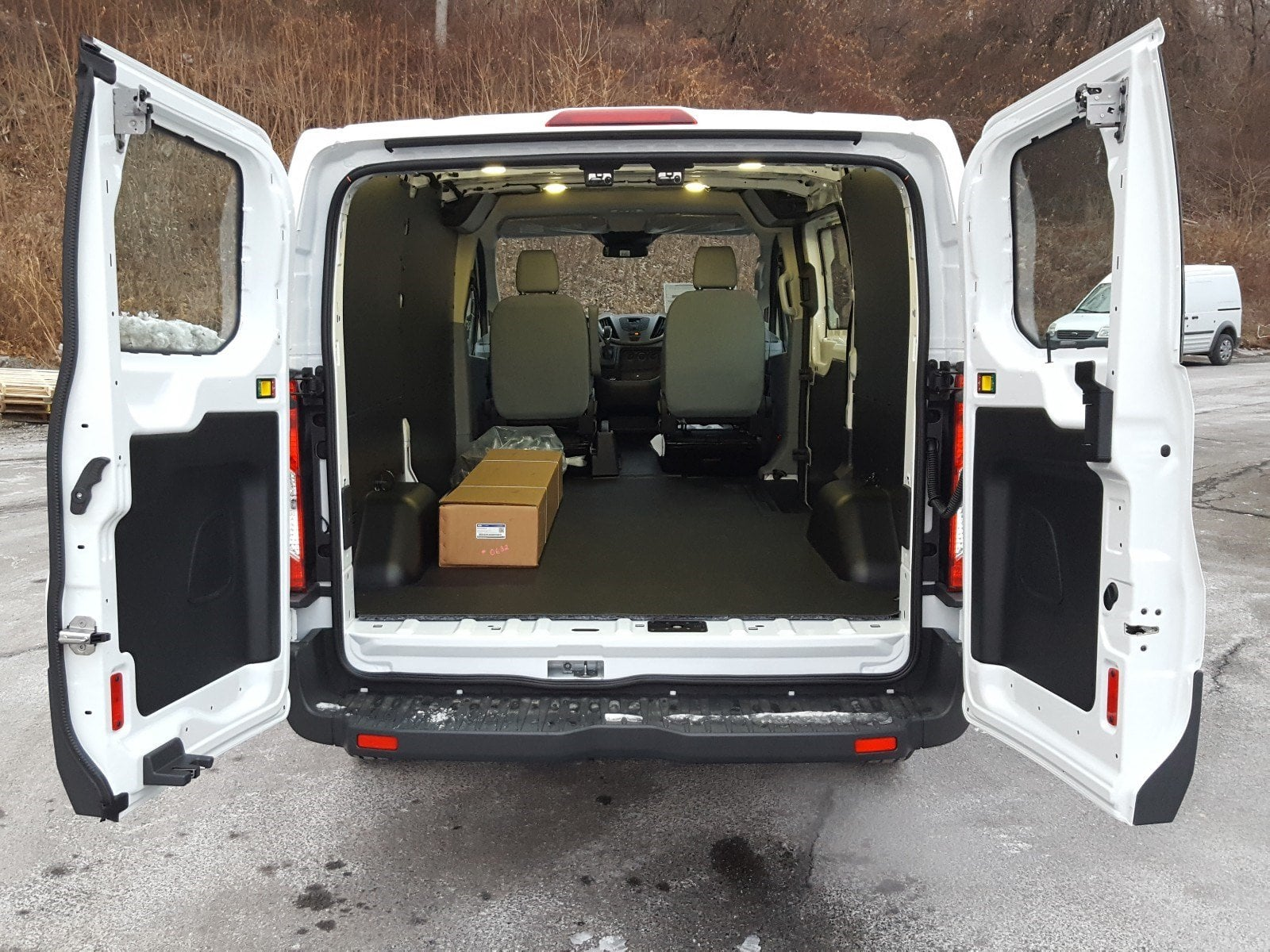 2018 Transit 250 Low Roof 4x2,  Empty Cargo Van #R7186 - photo 17