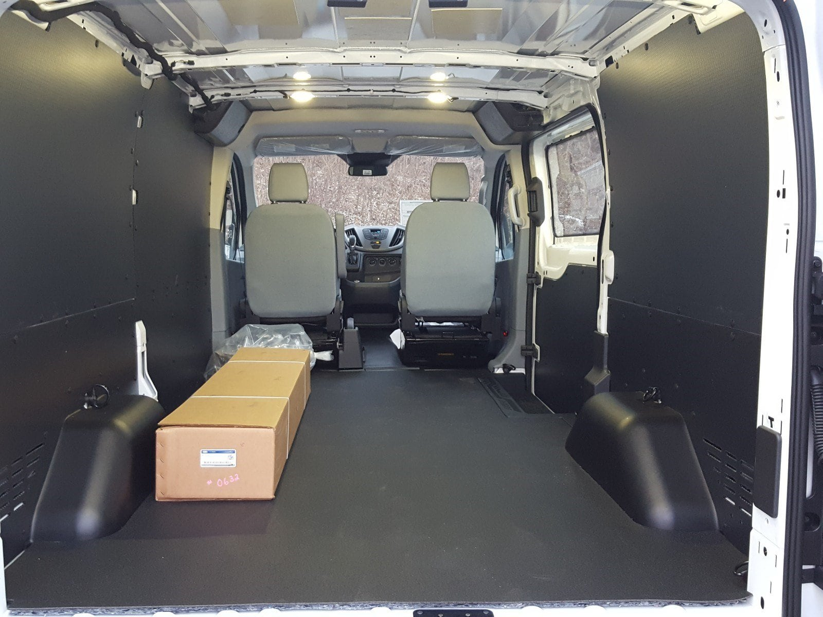 2018 Transit 250 Low Roof 4x2,  Empty Cargo Van #R7186 - photo 2