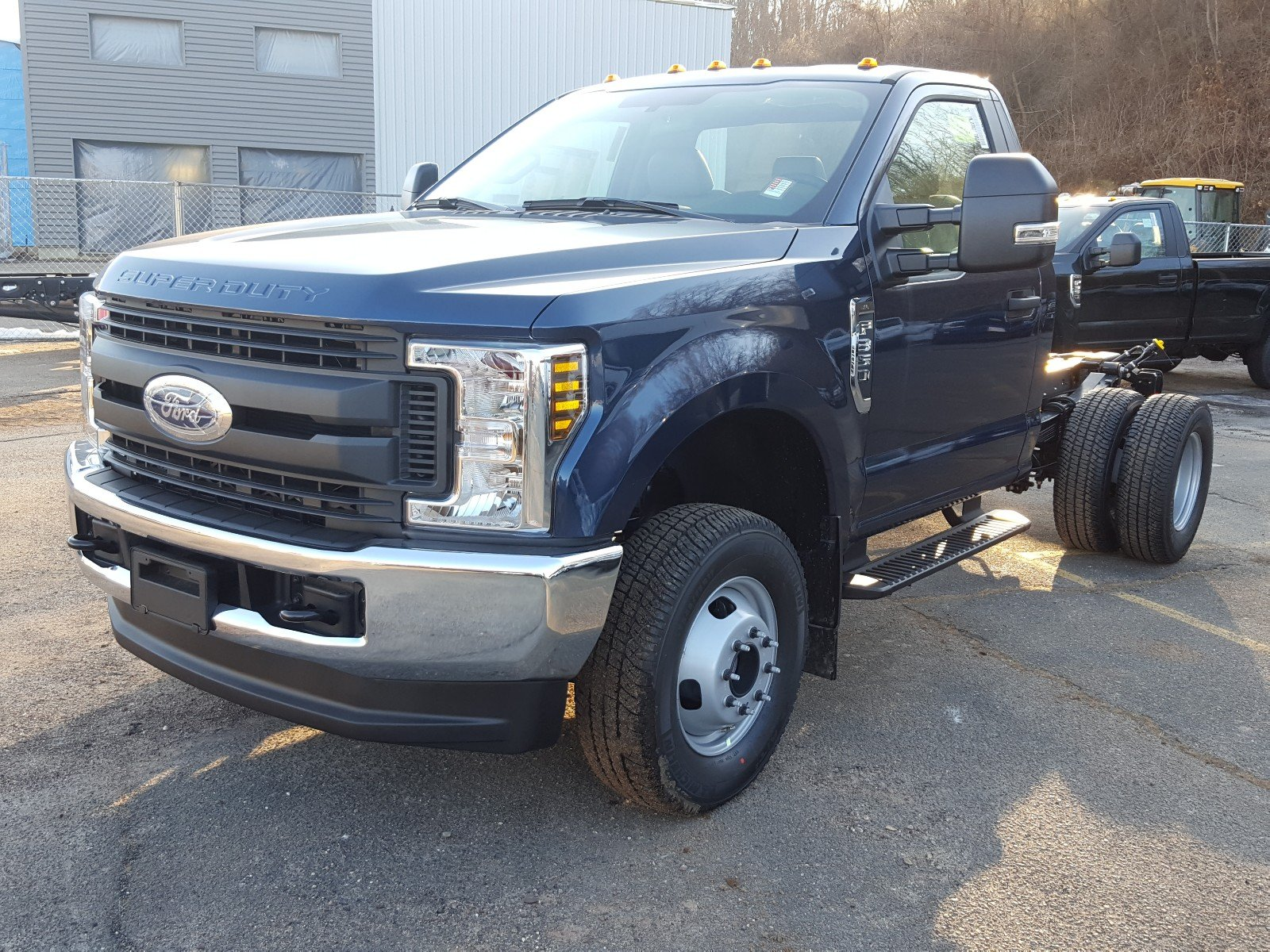 2018 F-350 Regular Cab DRW 4x4, Cab Chassis #R7231 - photo 1